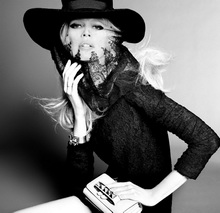 ClaudiaSchiffer-Vogue